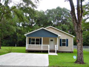 15 Lee Street, Defuniak Springs, FL 32435