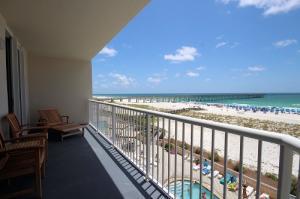 8573 Gulf Blvd #303, Navarre, FL 32566