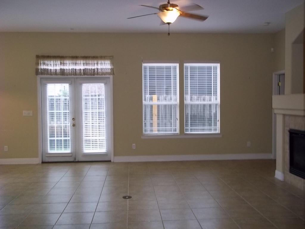 1533 Venice Avenue, Fort Walton Beach, FL 32547