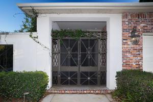382 Golfview Dr, Miramar Beach, FL 32550