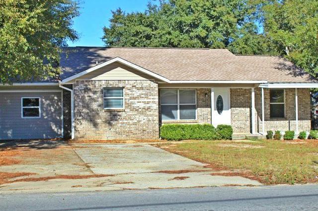 165 John King Rd, Crestview, FL 32539