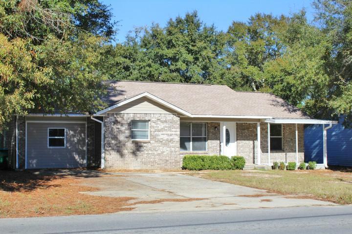 165 John King Road, Crestview, FL 32539