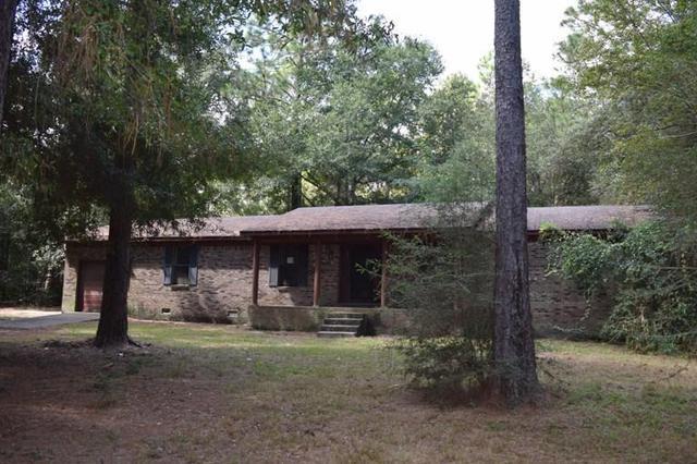 4706 Choctaw Ct, Crestview, FL 32539