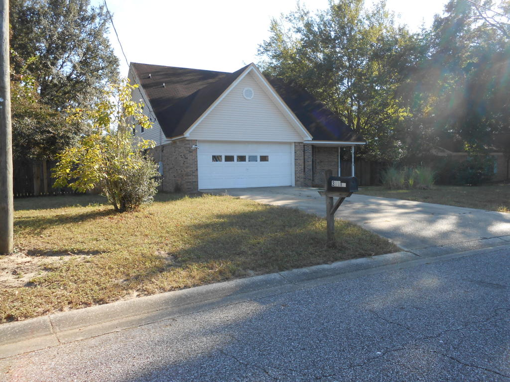 311 Ray Avenue, Crestview, FL 32536