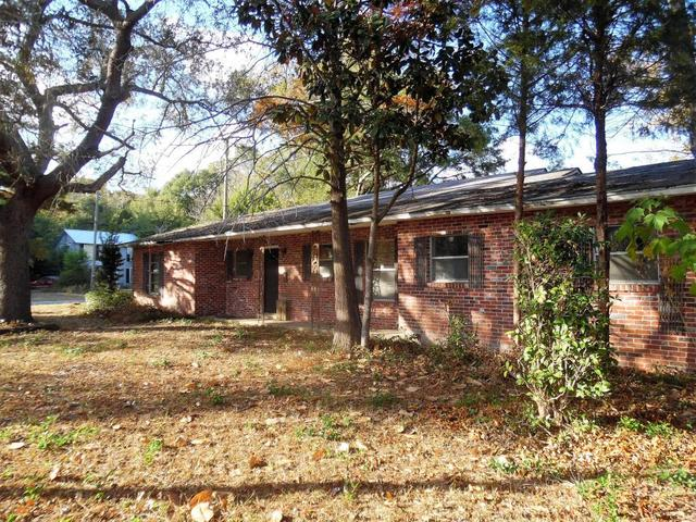 301 E 2nd Ave, Crestview, FL 32536