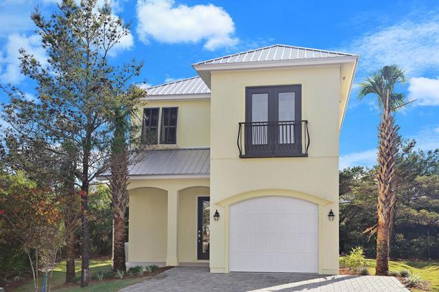174 Penelope St, Miramar Beach, FL 32550