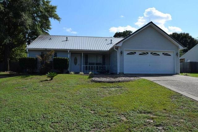 2855 Penney Ln, Crestview, FL 32539