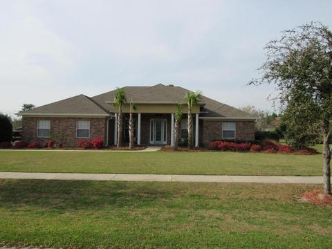 64 W Club House Dr, Freeport, FL 32439