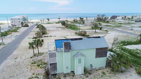 106 S 39th St, Mexico Beach, FL 32456