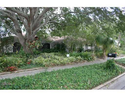 2618 Biltmore Way, Sarasota, FL 34231