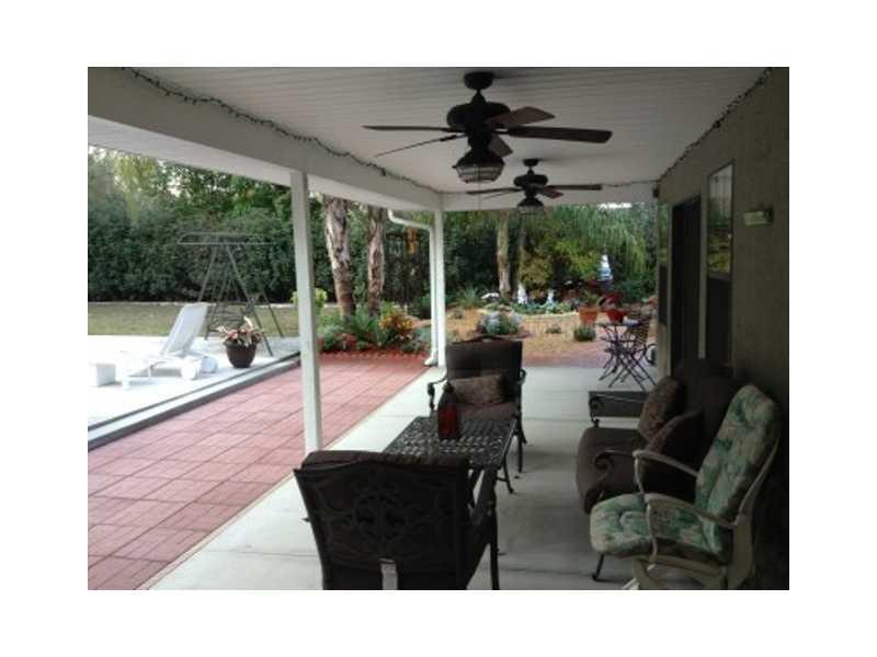 209 Bentbough Dr, Leesburg FL 34748