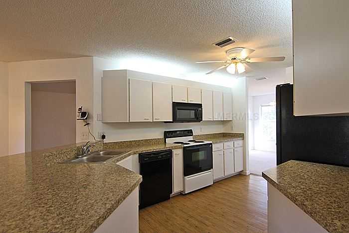 1400 Debrecen Rd, Sarasota FL 34240
