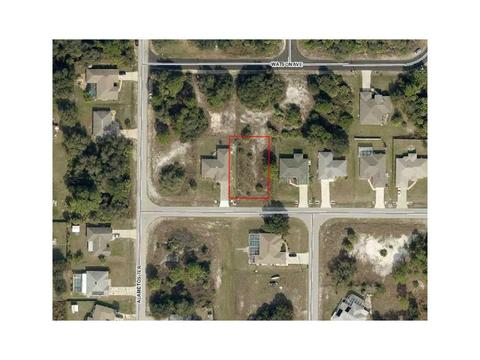 Leesburg Avenue, North Port, FL 34288