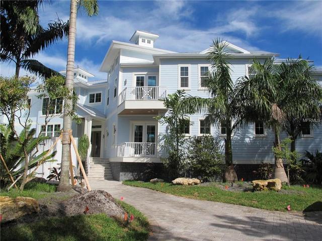 819 Mangrove Point Rd, Sarasota, FL 34242