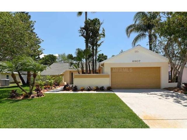 6907 Easton Ct, Sarasota, FL 34238