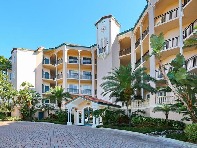 5450 Eagles Point Cir #APT 305, Sarasota, FL