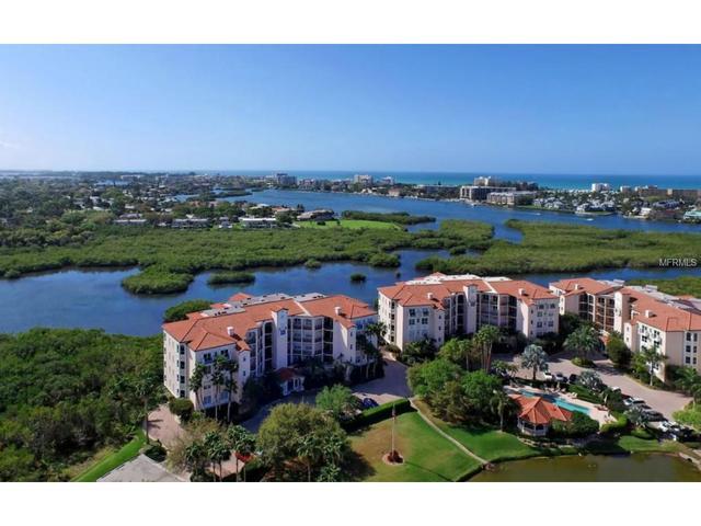 5450 Eagles Point Cir #APT 101, Sarasota, FL
