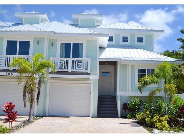 306 Clark Dr #B, Holmes Beach, FL 34217