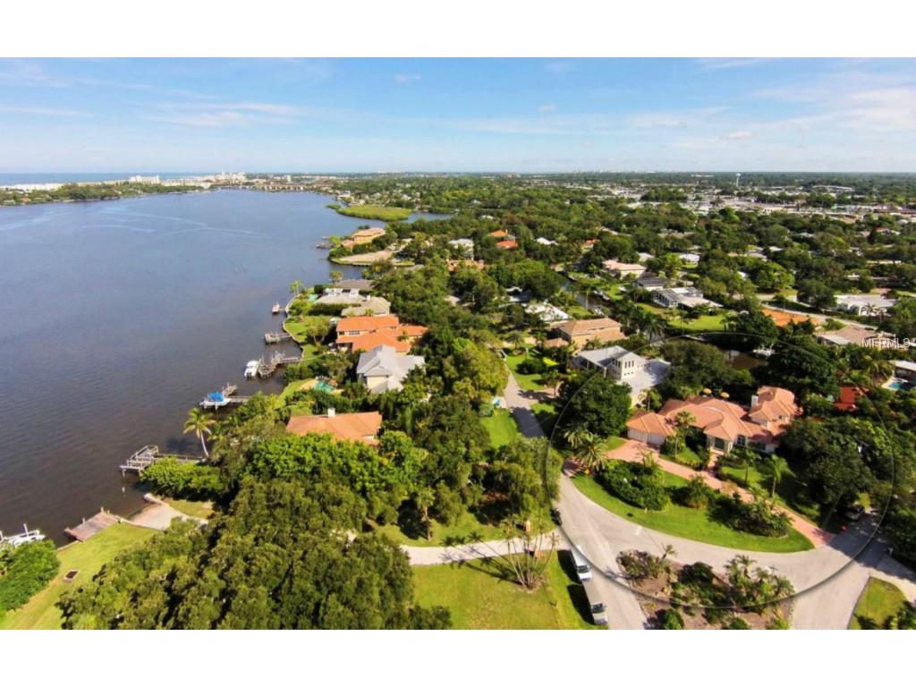 1707 Caribbean Dr, Sarasota, FL