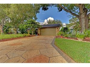 8233 Cypress Lake Dr, Sarasota, FL