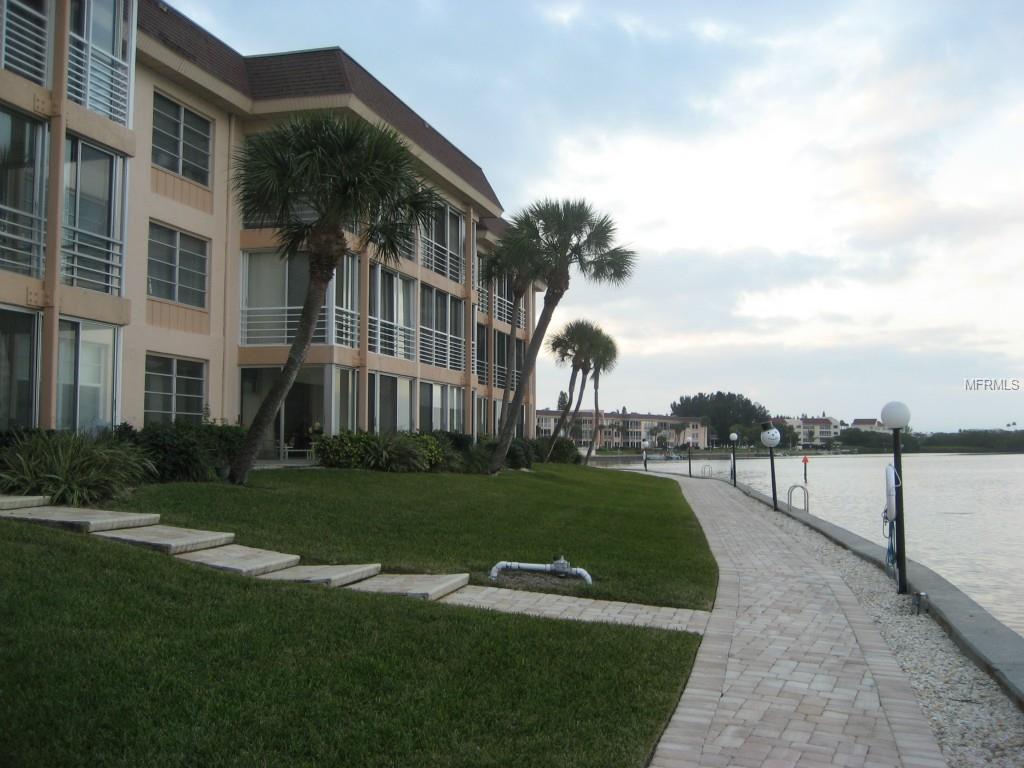 4310 Falmouth Drive #305, Longboat Key, FL 34228