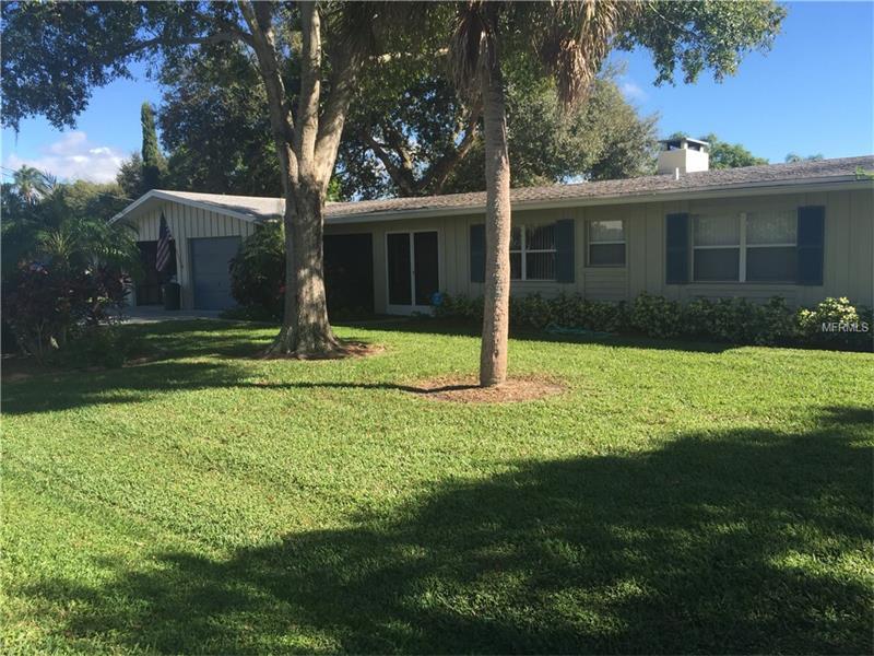 1722 Stanford Ln, Sarasota, FL
