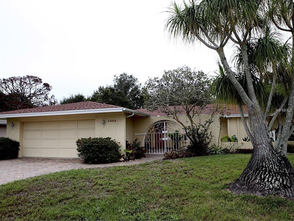 3352 Savage Rd, Sarasota, FL