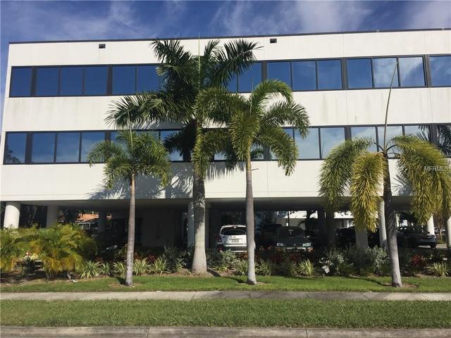 2032 Hillview St, Sarasota, FL 34239