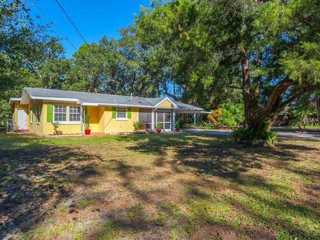 3527 Gladstone St, Sarasota, FL 34231