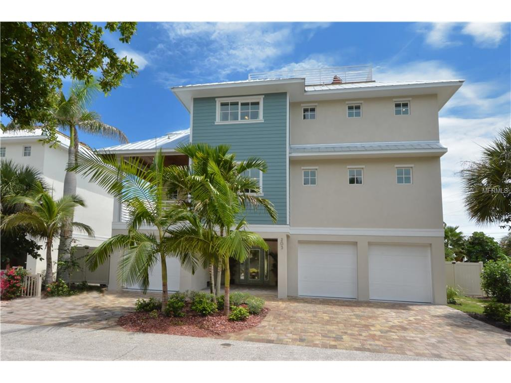 203 N 17th Street, Bradenton Beach, FL 34217