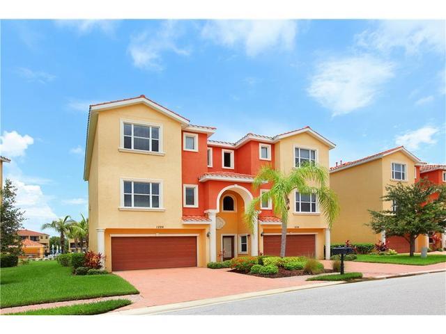 1226 3rd Street E Cir, Palmetto FL 34221
