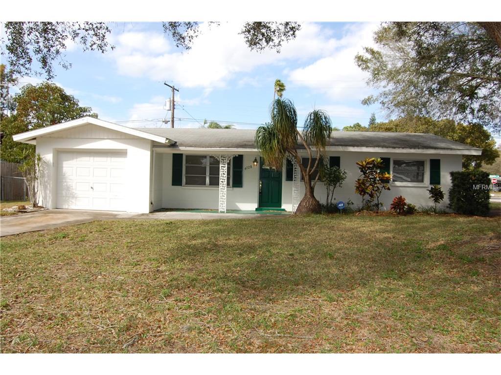 4728 Lark Ridge Cir, Sarasota, FL