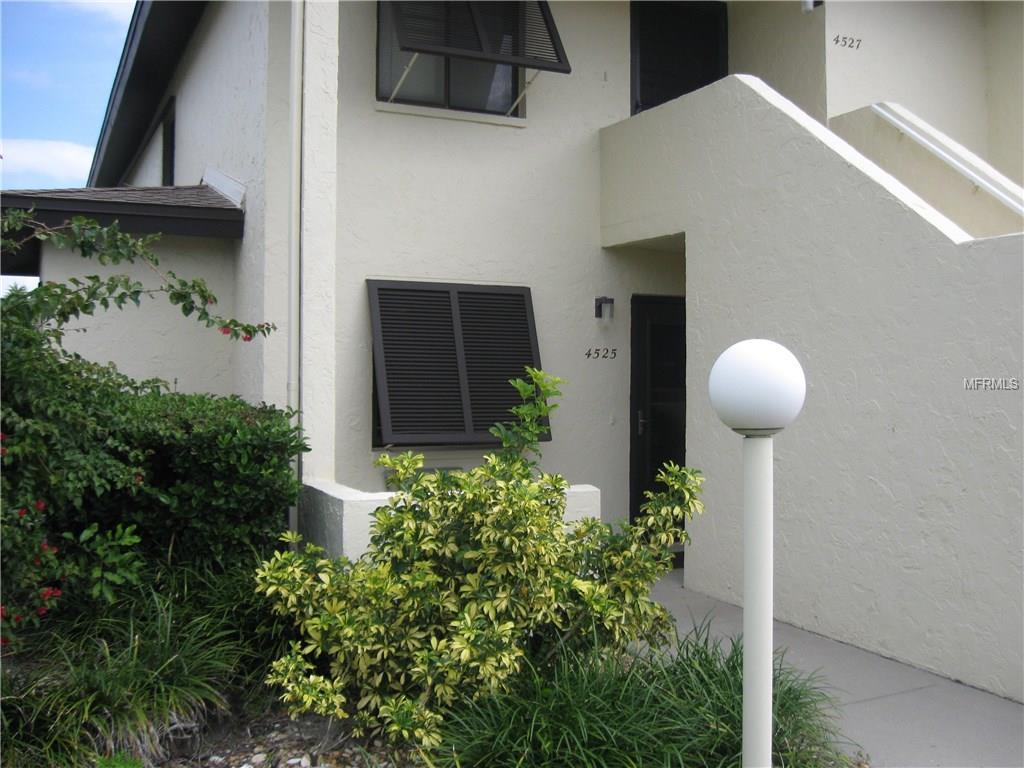 4525 Longwater Chase #APT 13, Sarasota, FL