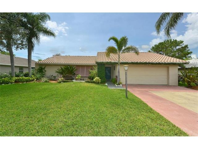 6576 Waterford Cir, Sarasota, FL