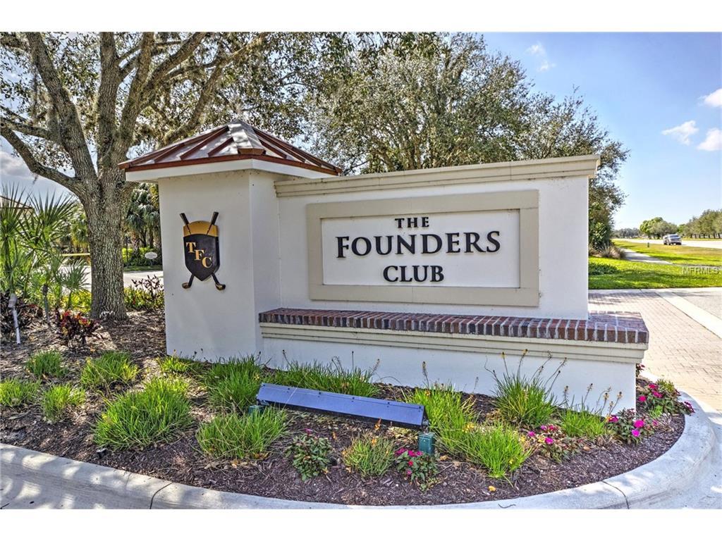 4064 Founders Club Dr, Sarasota FL 34240