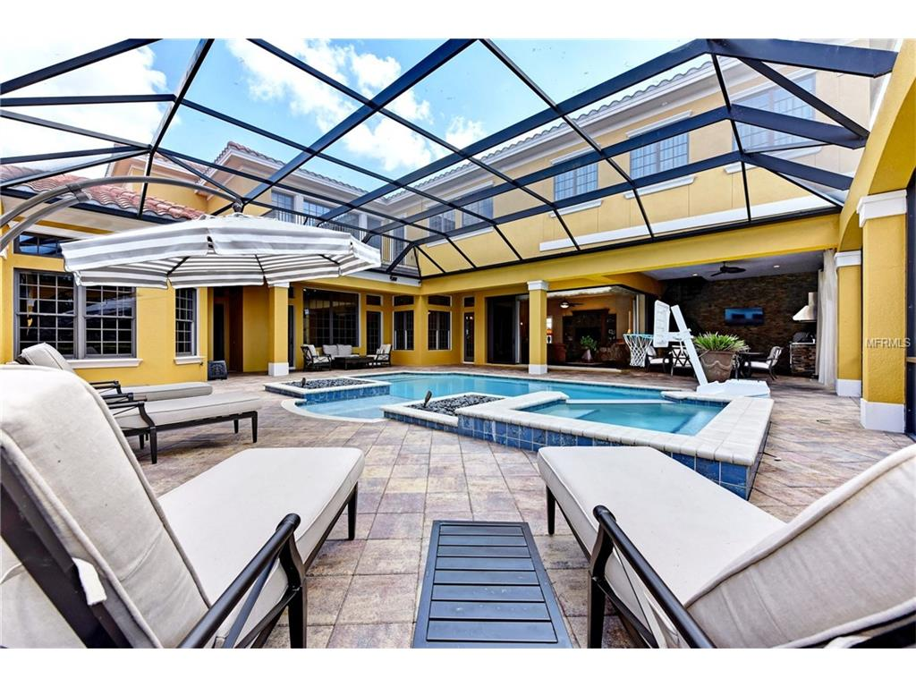 4064 Founders Club Dr, Sarasota FL 34240