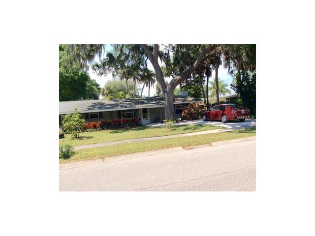 2740 Silver King Way, Sarasota, FL