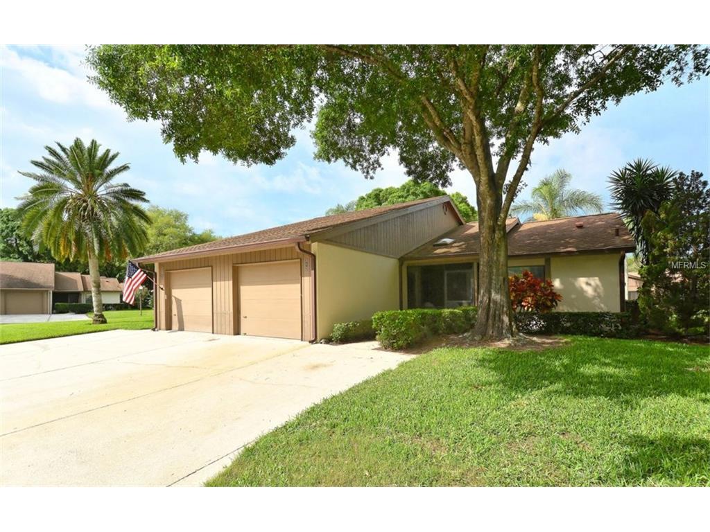 313 Oak Hill Way #APT 27, Sarasota, FL