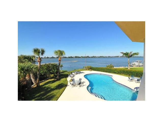 416 Bayshore Dr, Osprey, FL