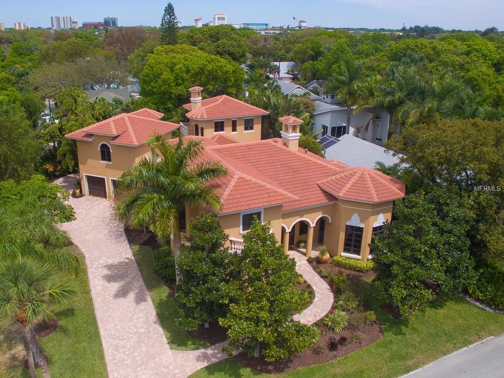 1727 Bahia Vista St, Sarasota, FL