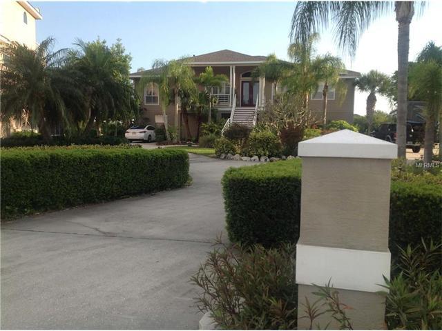 2105 Pelican Ct, Tarpon Springs, FL