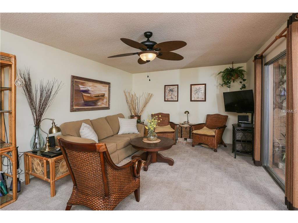 2447 Clubhouse Circle #203, Sarasota, FL 34232