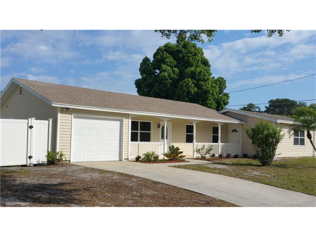 4010 Westminster Dr, Sarasota, FL
