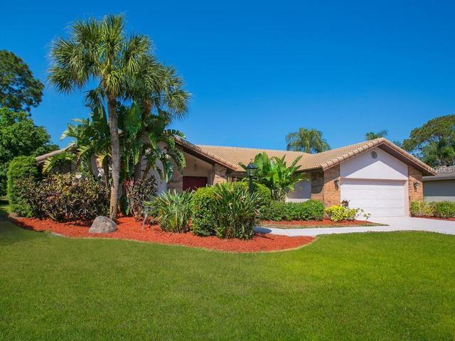 4943 Silkwood Dr, Sarasota, FL