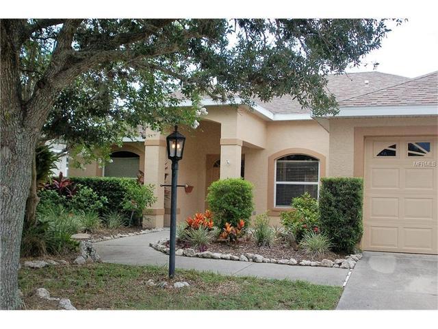 10706 Old Grove Cir, Bradenton, FL 34212
