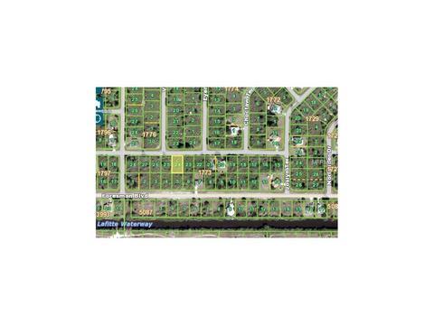 13039 Deepwoods Ave, Port Charlotte, FL 33981