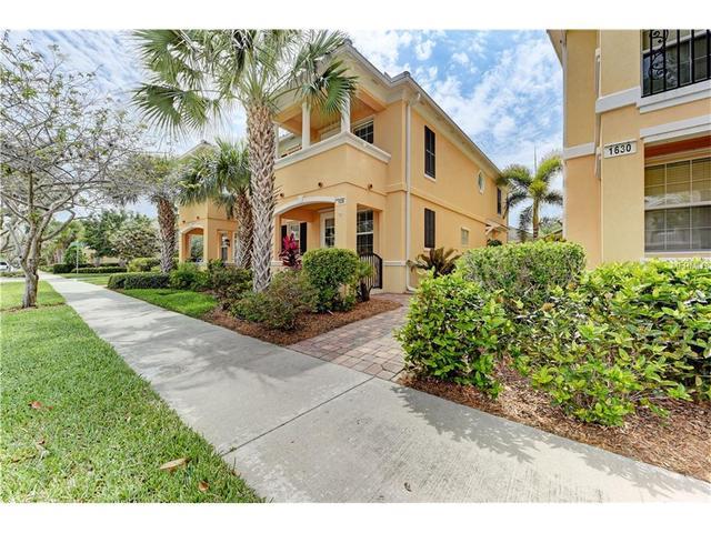 1636 Burgos Dr, Sarasota, FL