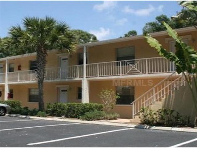 936 La Costa Cir #APT 9, Sarasota, FL