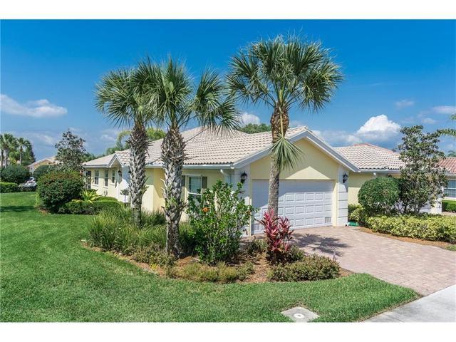5922 Benevento Dr, Sarasota, FL
