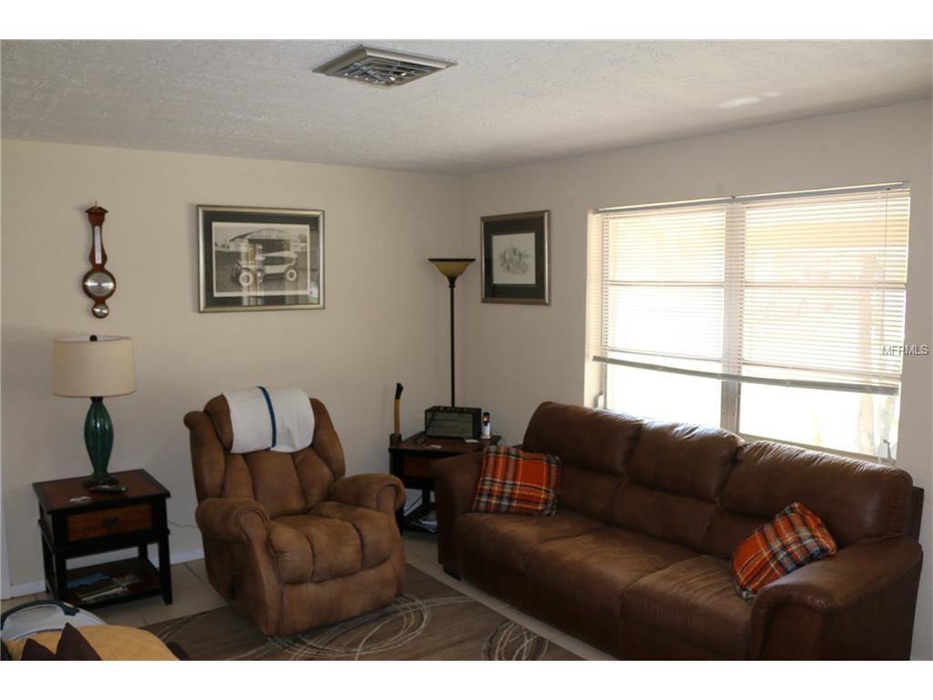 4413 Brooksdale Dr Sarasota, FL 34232